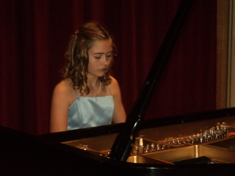 Tori preforms at State ~  BoulderCrest Ranch